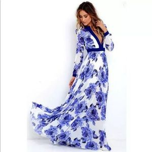 Blue & White chiffon Maxi dress sz L